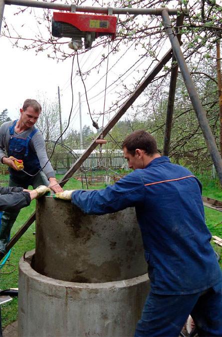 Как мы углубляем колодец в Менделеево